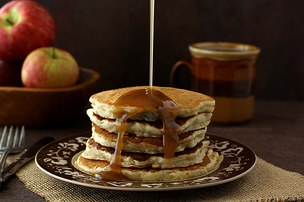 Apple-Sausage-Pancakes-With-Apple-Cider-Syrup-8322